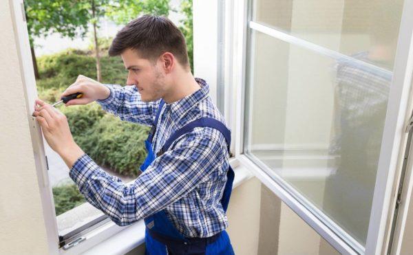 Регулировка оконной фурнитуры, ремонт или замена